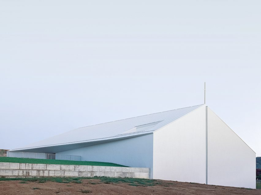 Church of the Penitent Thief by INOUTarchitettura, LADO architetti and LAMBER + LAMBER in Bologna, Italy