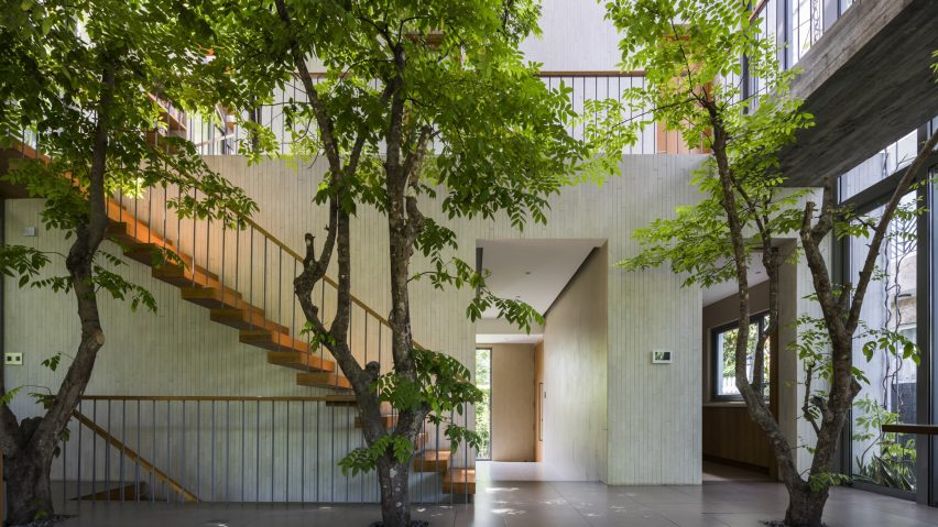 Stepping Park House, Ho Chi Minh City, Vietnam, by Vo Trong Nghia Architects. Photo is by Hiroyuki Oki