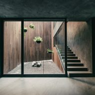 Grupo Arca showroom by Esrawe Studio
