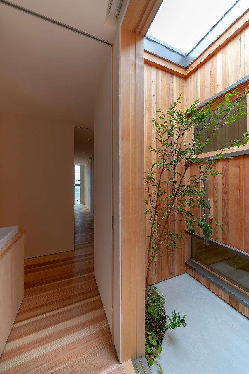 House in Akashi by Arbol