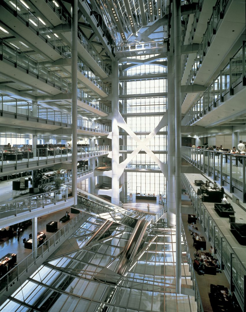 High-tech architect Norman Foster: HSBC Building in Hong Kong by Norman Foster
