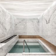 Arqhe Studio designs white marble mikveh for Mexico City's Orthodox Jewish community