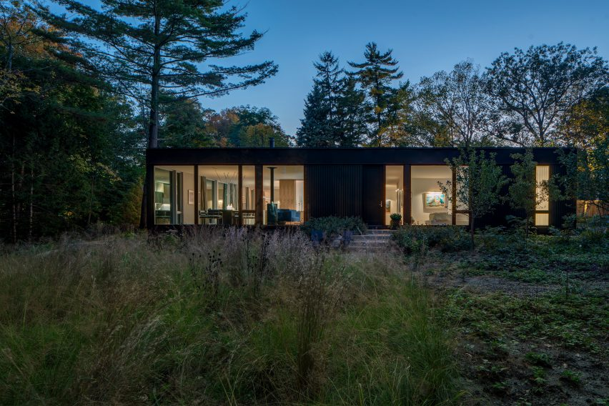 Ravine House by Wheeler Kearns