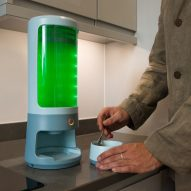 Spira countertop bioreactor allows users to grow their own algae for food