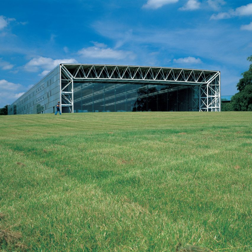 High-tech architecture from A to Z: Sainsbury Centre for the Visual Arts by Norman Foster