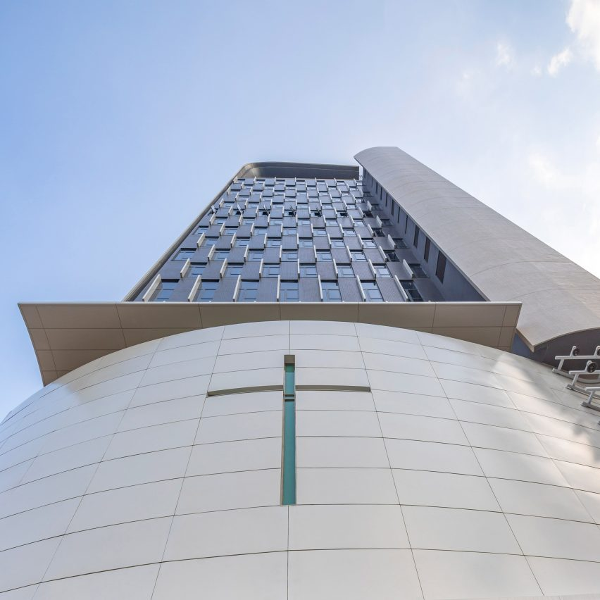 Skyscraper church in Hong Kong: Wesleyan House Methodist International Church by Rocco Design Architects