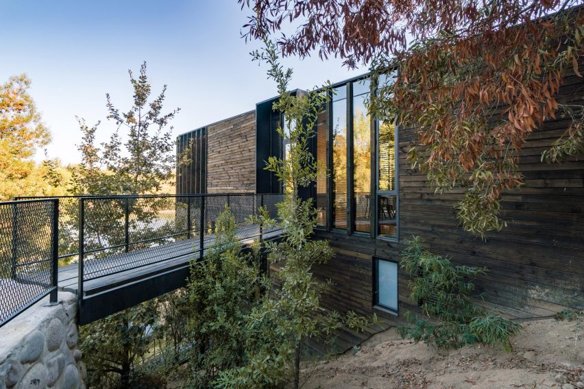 Slope House by Hsu Rudolphy