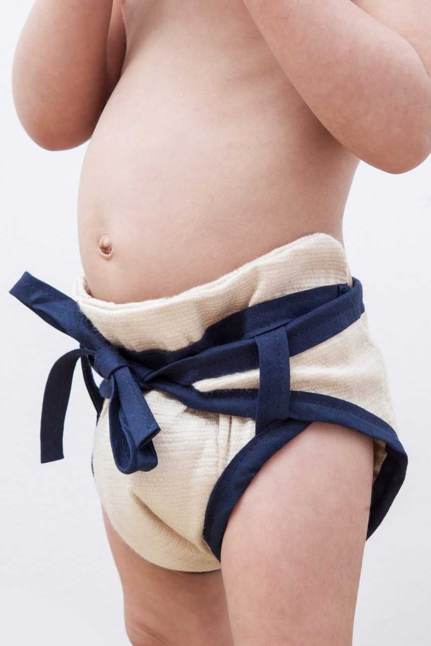 Sumo seaweed diaper and nappy by Luisa Kahlfeldt winner of Swiss James Dyson Award