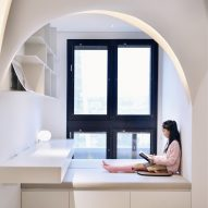 Very Studio brings light to Taiwan's Sunny Apartment with vaulted ceiling