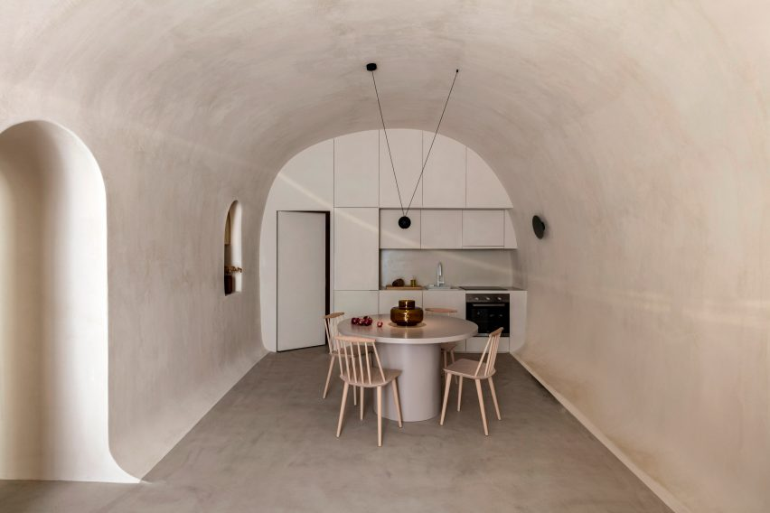 Two holiday residences in Fira caves by Kapsimalis Architects