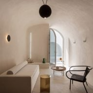 Kapsimalis Architects converts caves for summer houses on Greek island