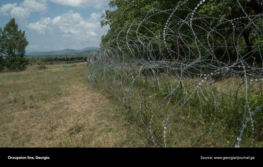 Irakli Sabekia turns razor wire fence into radio transmitter to protest Russian invasion of Georgia