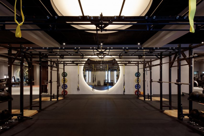Warehouse Gym Springs by VSHD Design