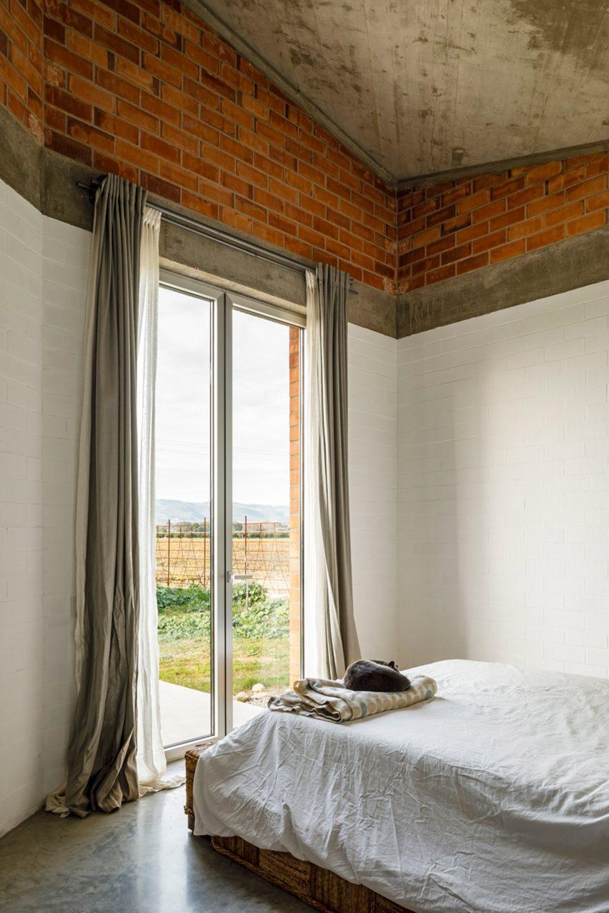 Casa Almudena Jesús Perales bedroom