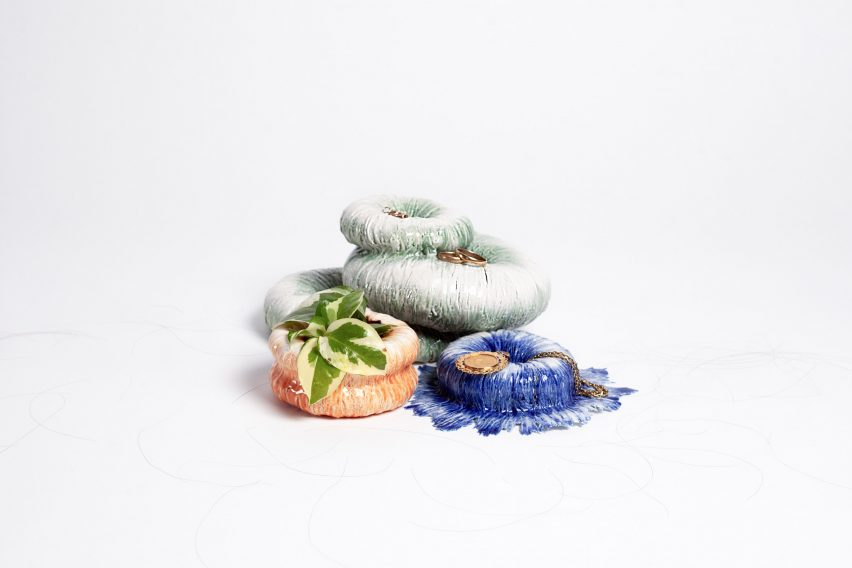 Céline Arnould makes commemorative porcelain bowls from the hair of loved ones