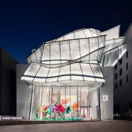 Frank Gehry crowns Louis Vuitton Maison Seoul with glass sails