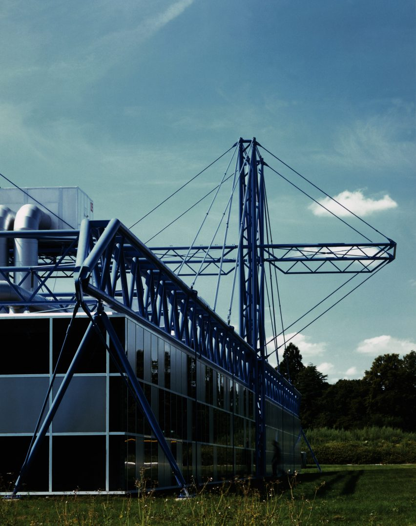 High-tech architecture: Inmos Microprocessor Factory in Wales by Richard Rogers