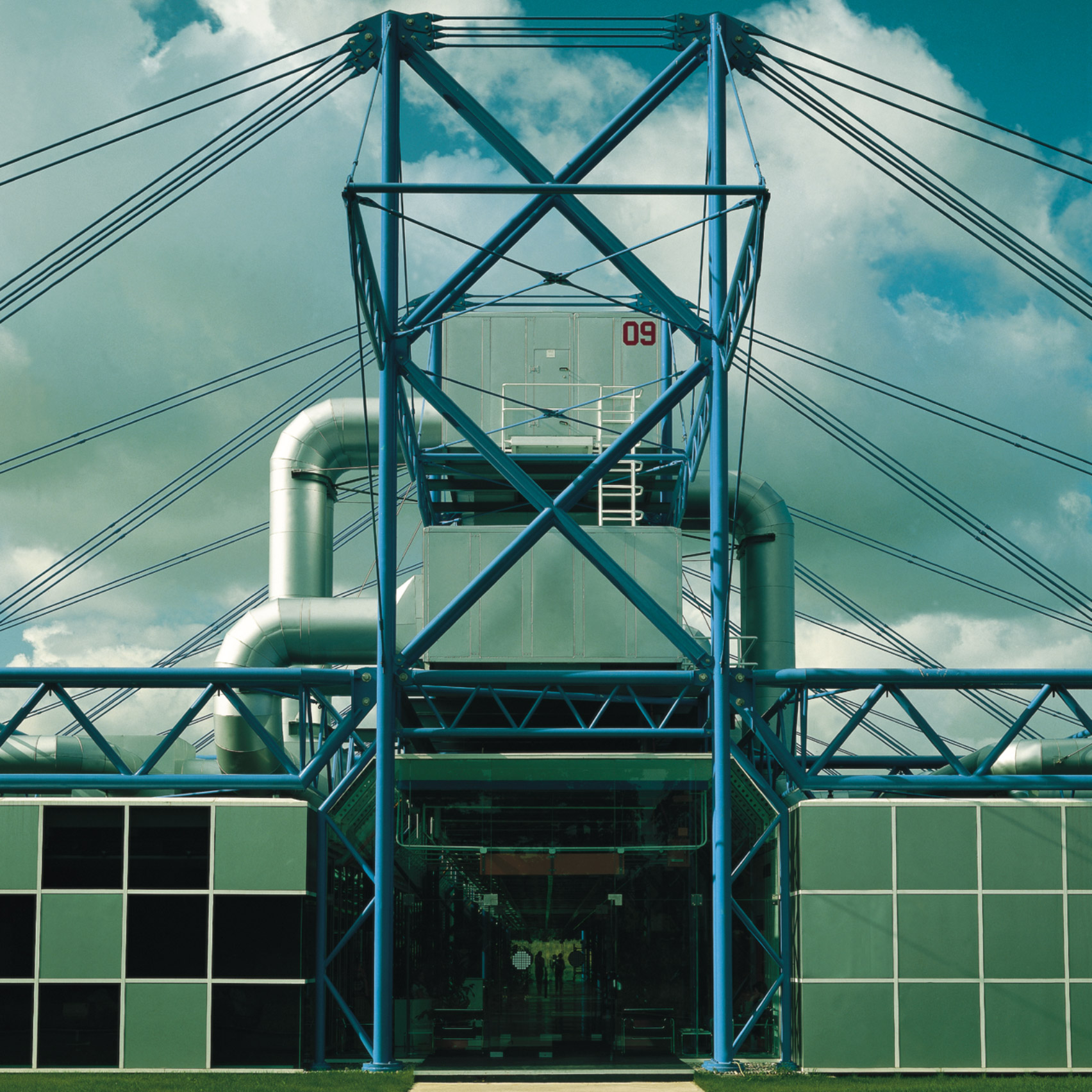 High-tech buildings: Inmos Microprocessor Factory in Wales by Richard Rogers