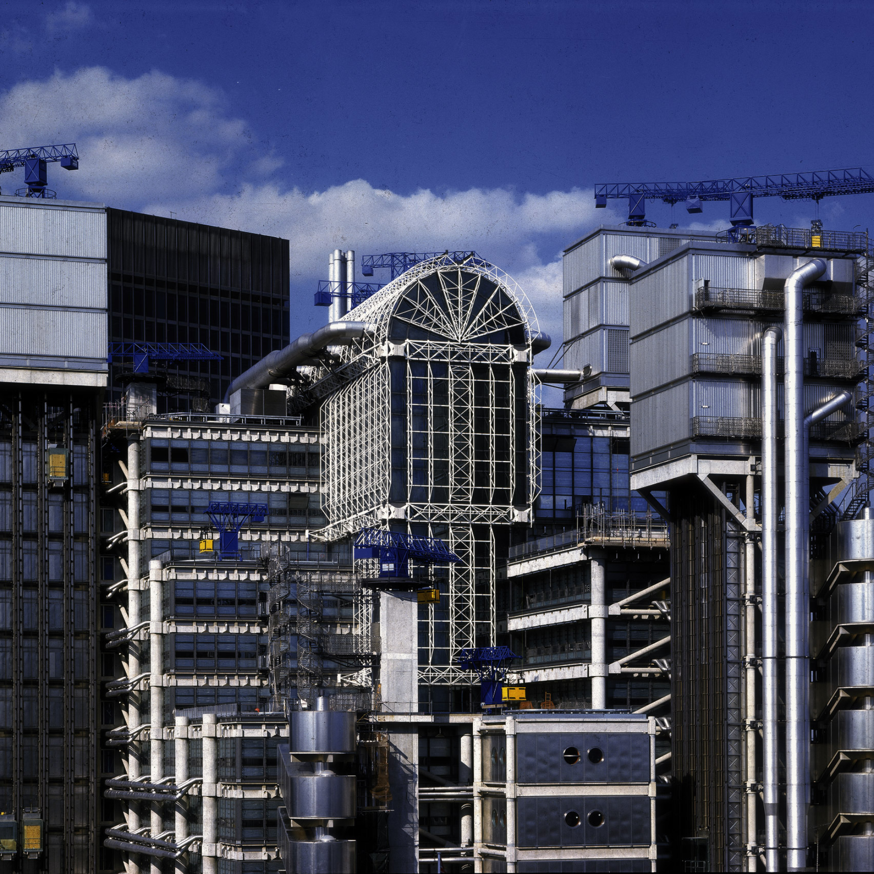 High-tech buildings: The Lloyd's building in London by Richard Rogers and Partners (now Rogers Stirk Harbour + Partners)