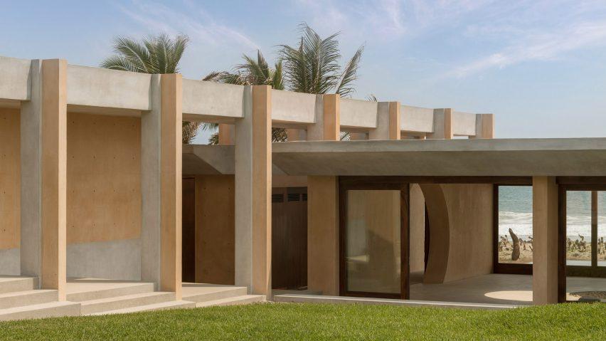 Lyons Garden by Colectivo Lateral de Arquitectura