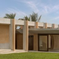 Circular rooflight illuminates meditation room in Mexican beach house
