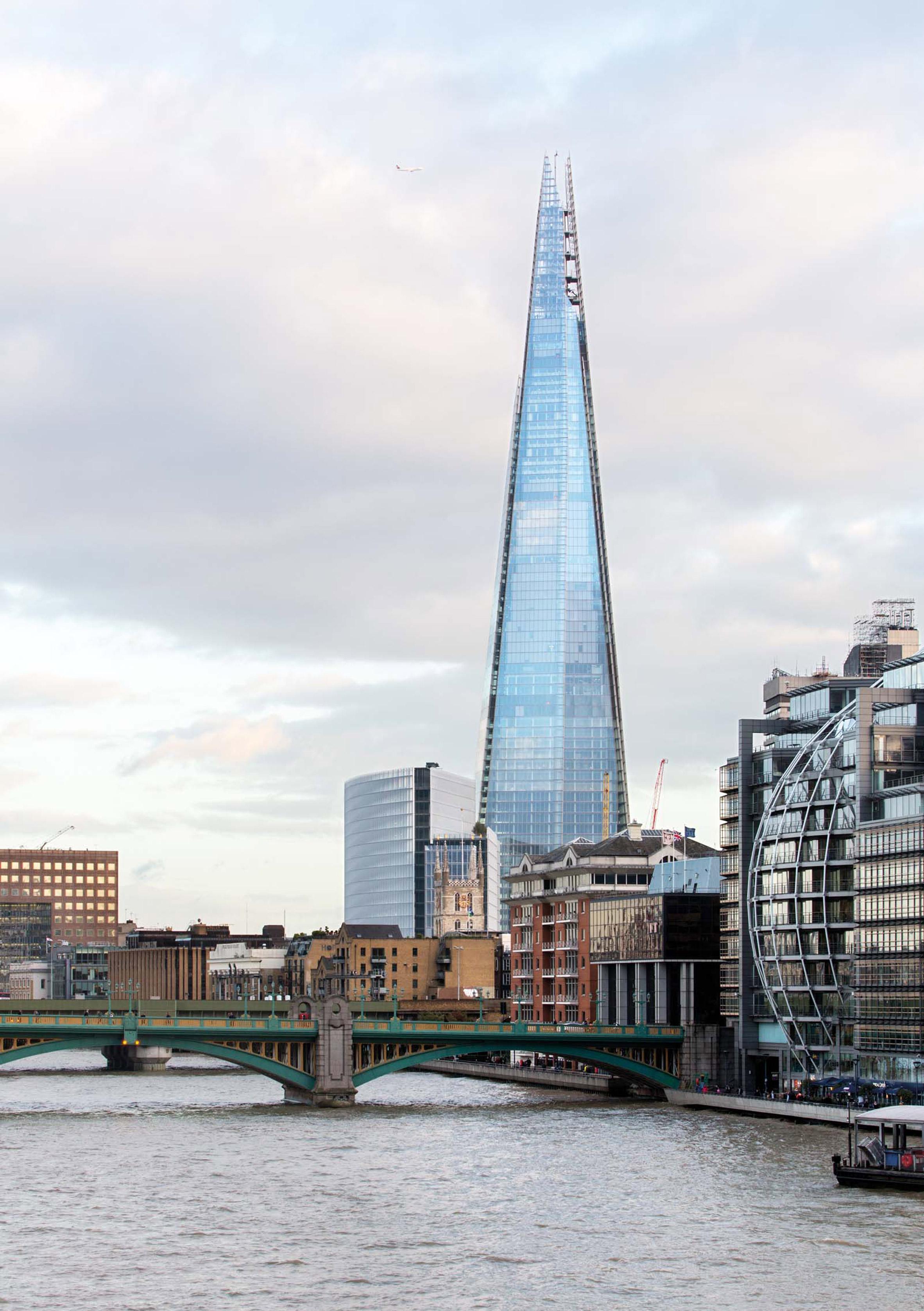 High-tech architecture: Renzo Piano