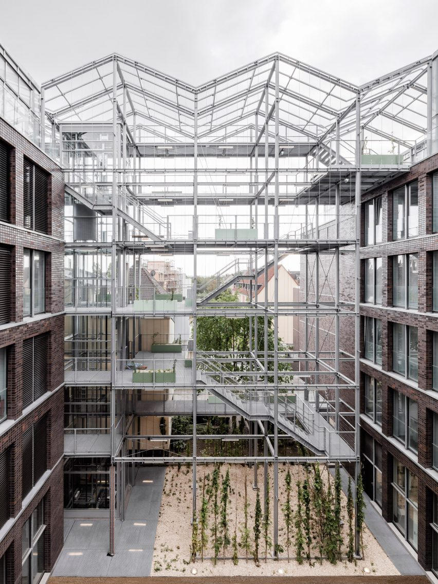 Rooftop Greenhouse offices by Kuehn Malvezzi