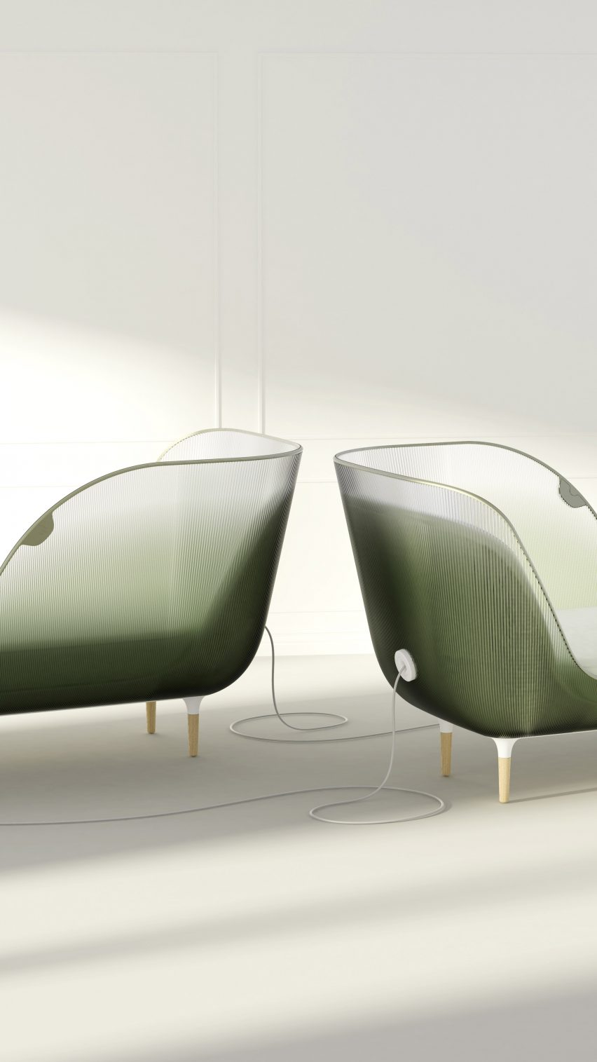 "Seymourpowell's Atmosphère devices surround users in a ""beauty bubble"" to detoxify their surroundings"