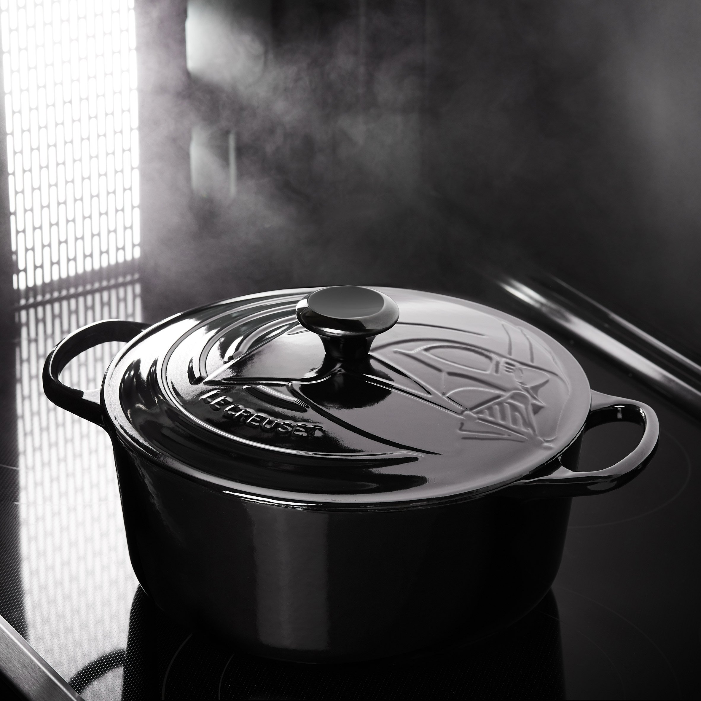Star Wars Le Creuset Cookware Includes Darth Vader Dutch Oven