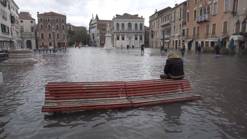 Homo Urbanus by Bêka & Lemoine shows Venice floods