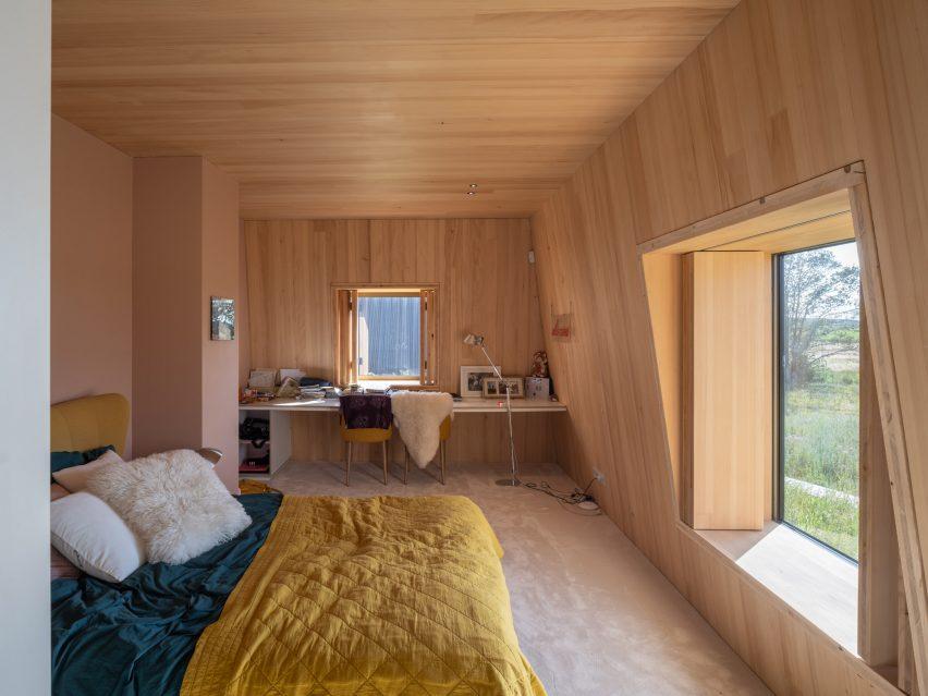 Villa Vught with hidden corridor by Mecanoo