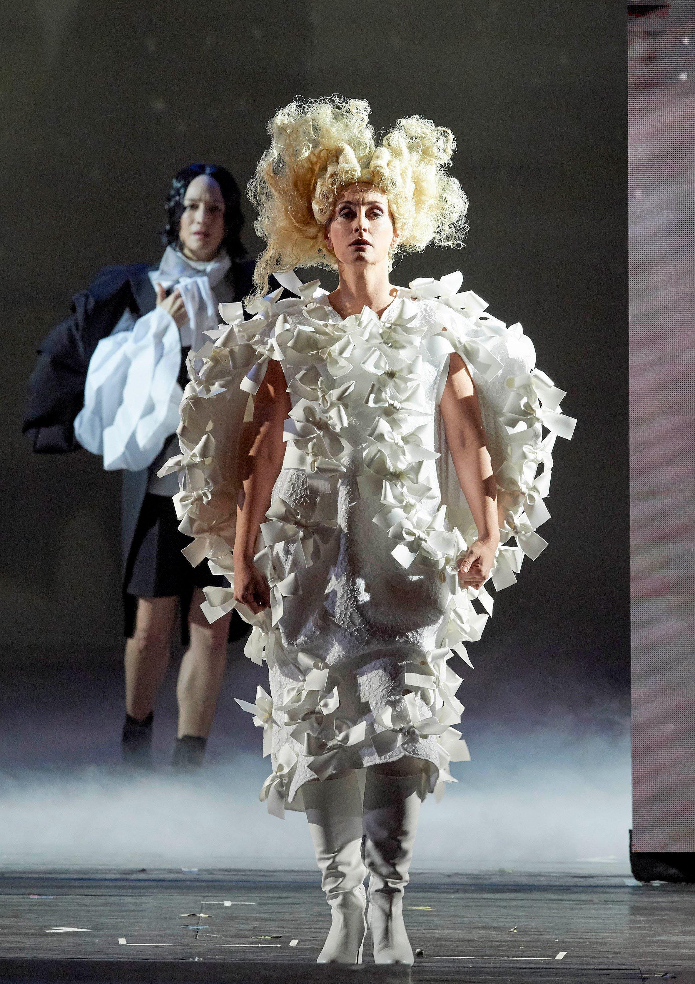 Rei Kawakubo costumes Orlando Vienna State Opera