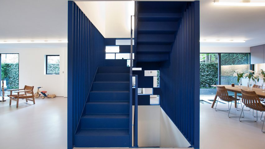 Six Interiors With Pops Of Pantone S 2020 Colour Of The Year Classic Blue