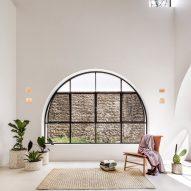 Delfino Lozano revitalises 1970s Mexican house Casa A690