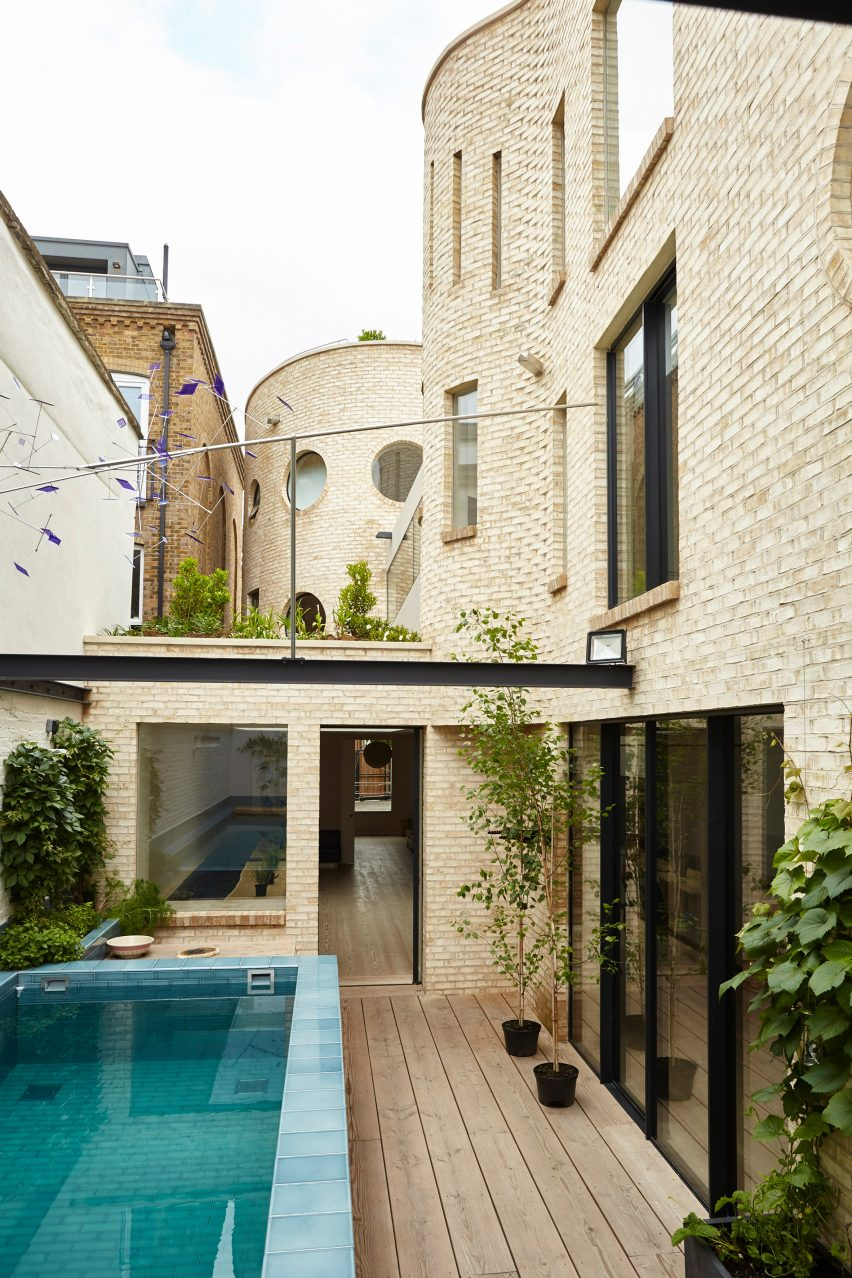 Alex Michaelis house in London