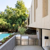Bridge House by Dan Brunn Architecture