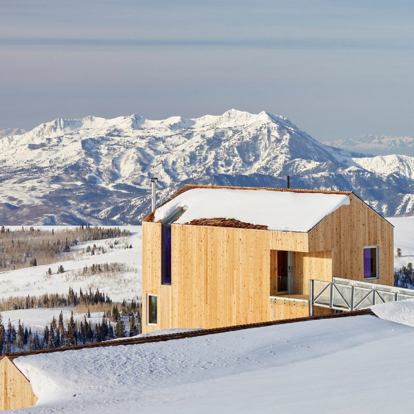 Horizon winter sports resort by MacKay-Lyons Sweetapple
