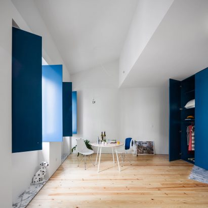House in Rua Faria Guimares by Fala Atelier