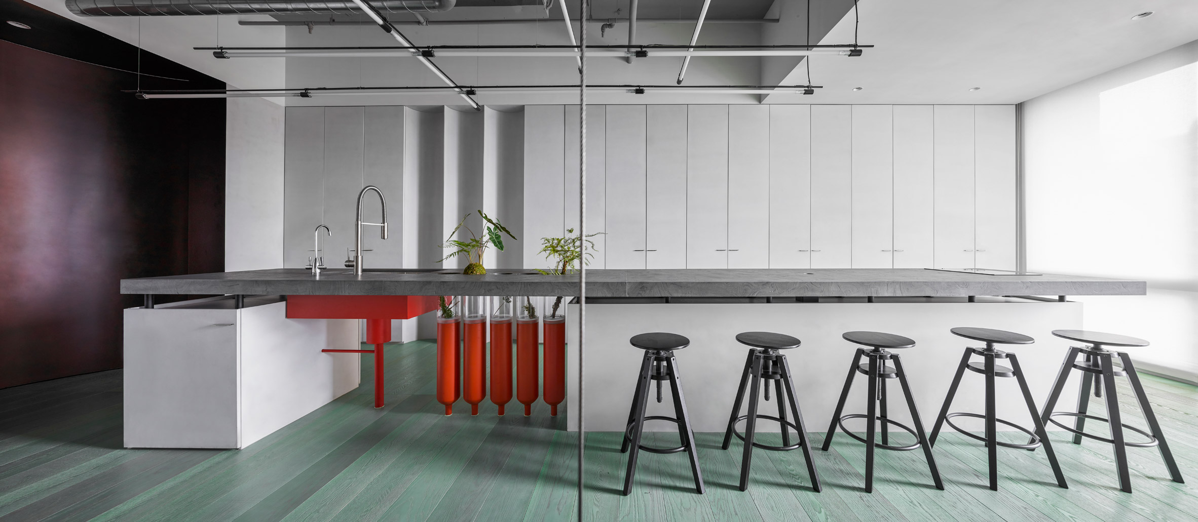 Ideal Gas Lab by Waterform Design