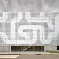 Lego car park in Billund by CEBRA