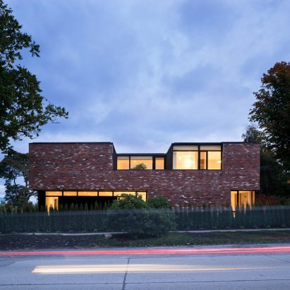 The Brick House by Campos Studio