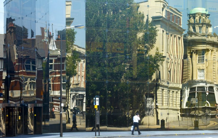 Willis Faber & Dumas building by Foster Associates – Norman Foster and Micheal Hopkins