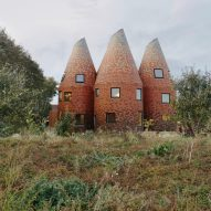 ACME reinterprets the traditional Kentish oast house as a modern family home