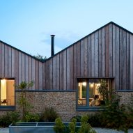 Charlie Luxton Design refurbishes and extends Cotswolds bungalow