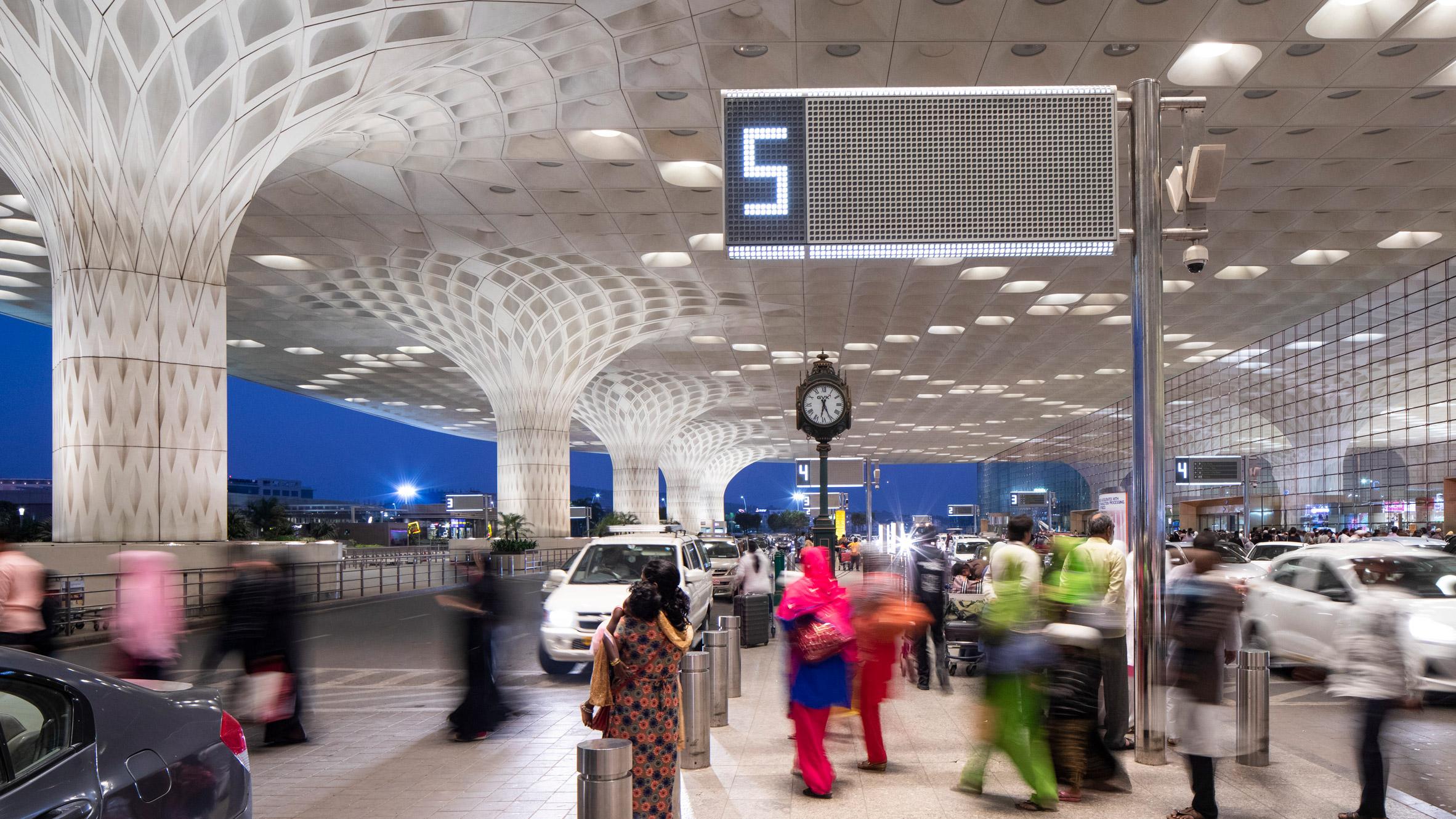 Chhatrapati Shivaji International Airport Terminal 2 by SOM