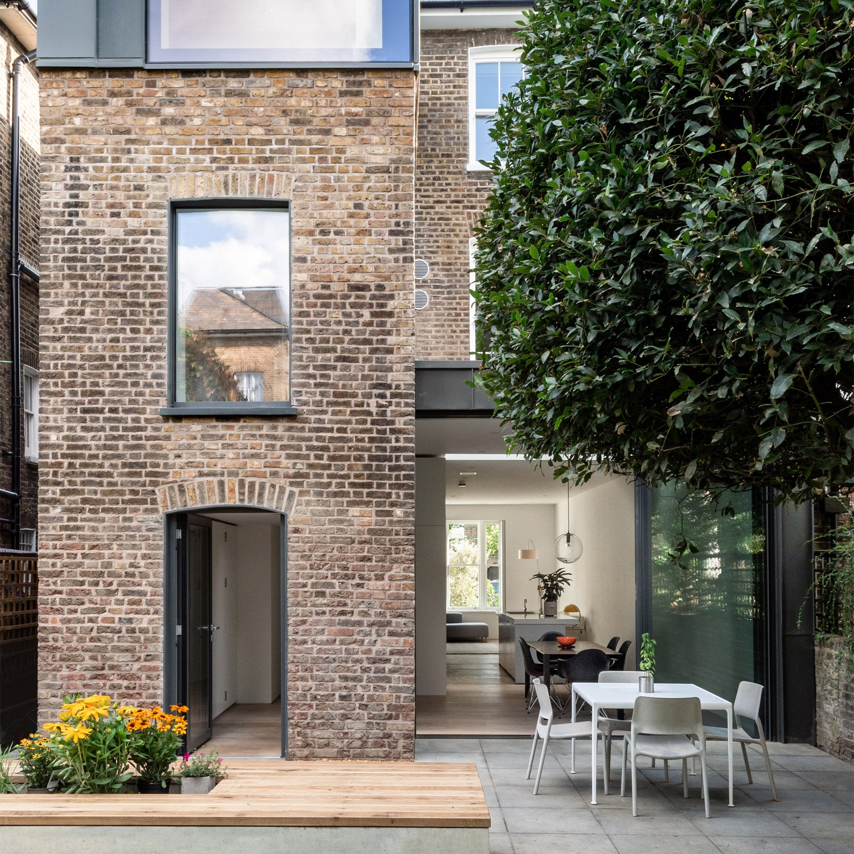 Lawford Road, Camden, by OEB Architects