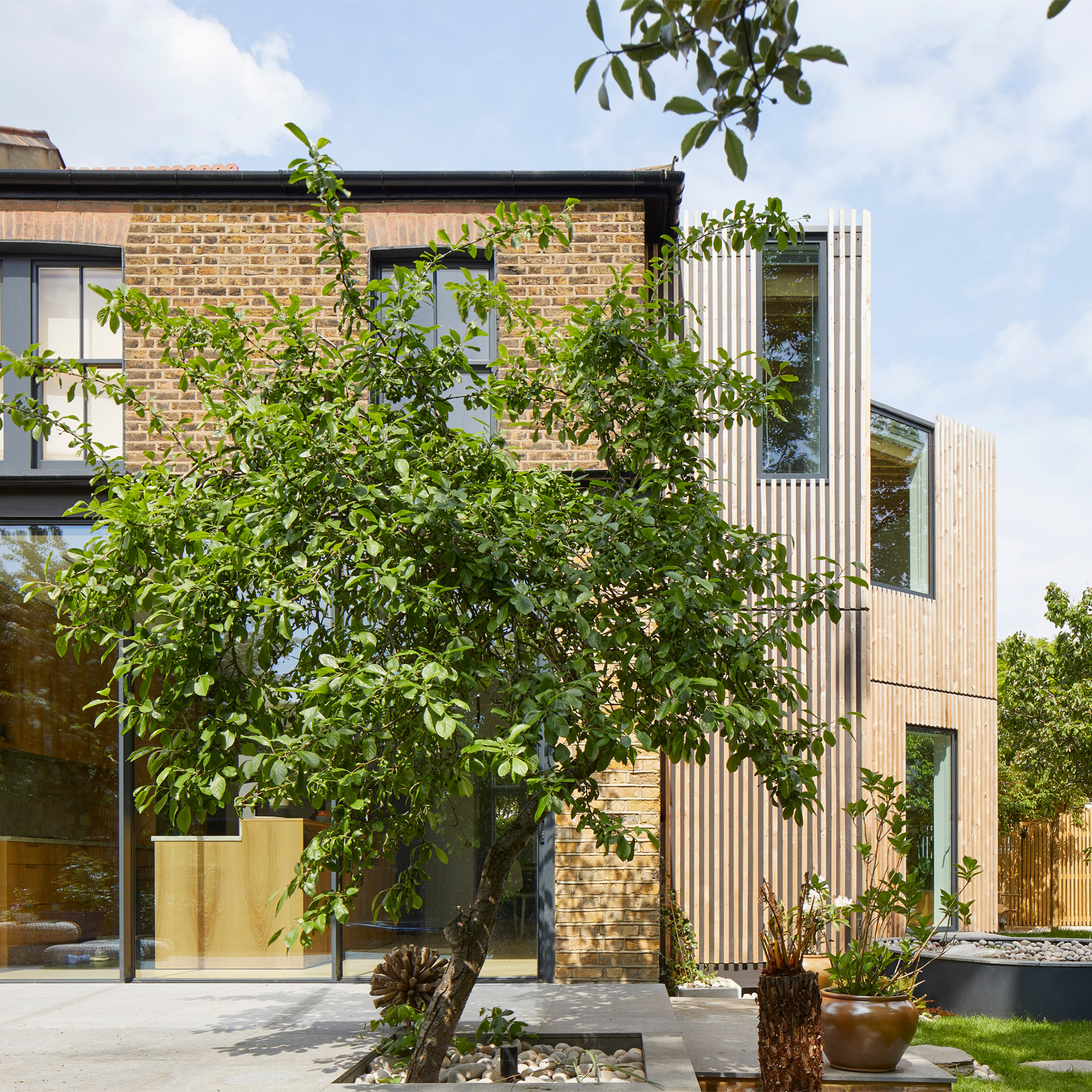Ash House, Lewisham, by R2 Studio