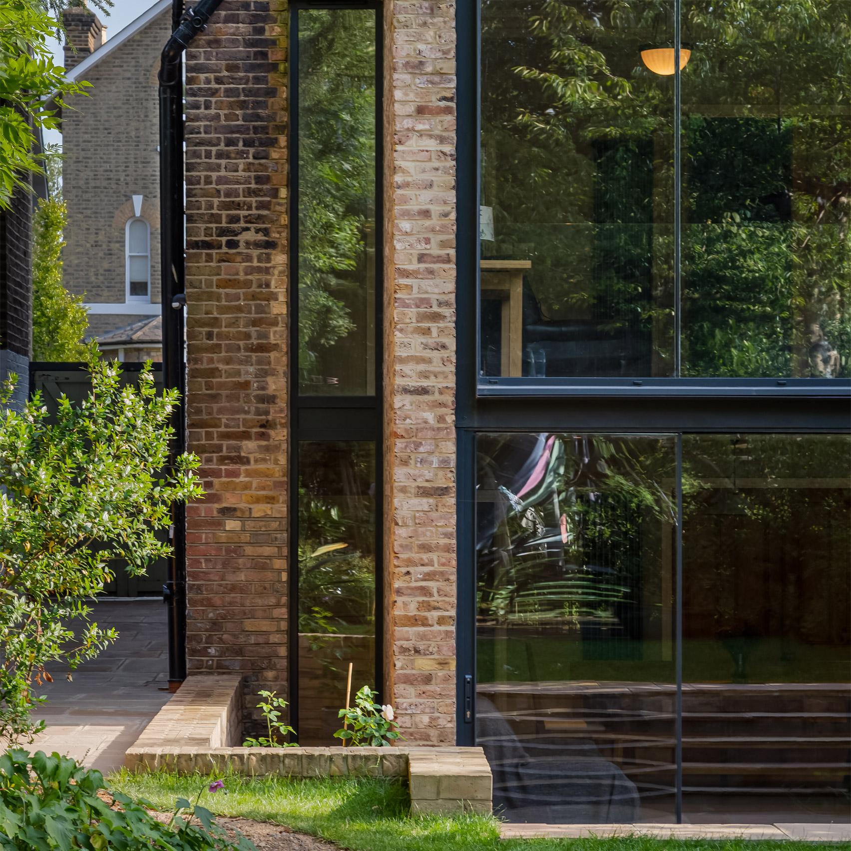 Handen House, Lewisham, by Selencky Parsons