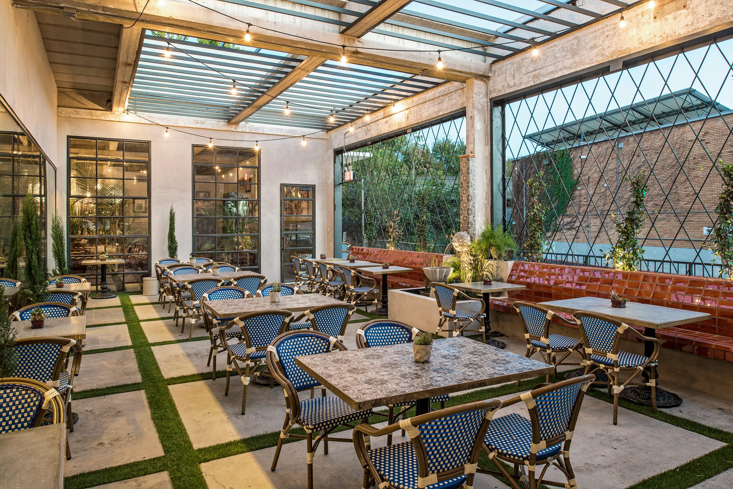 Eberly restaurant by Clayton & Little
