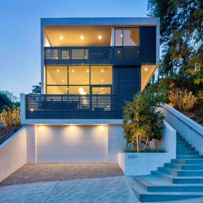 Echo House by Aaron Neubert Architects